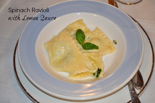 Spinach Ravioli with Lemon Sauce