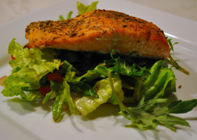 fennel-crusted salmon by JoinMeForDinner